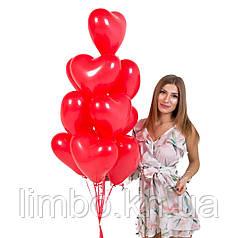 Латексные сердца в красном цвете