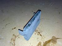 Колодка ДТ-75 тормозная  ленты остановочной 77.38.052-1