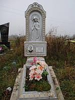 Надгробный памятник из бетона одинарный с цветником образец №1