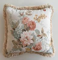 Подушка прованс с бахрамой Sanderson