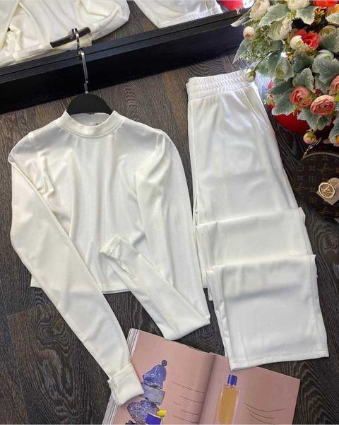 Жіночий костюм, турецька двунить, р-р 42-44; 44-46 (білий)