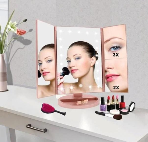 Потрійне дзеркало з віконницями з led-підсвічуванням Рожеве
