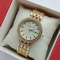 Жіночі наручні годинники Michael Kors золотистого кольору з світлим циферблатом, два ряди каменів, дата - код 1918, фото 1