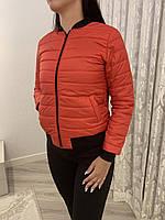 Молодіжна жіноча куртка-бомбер на блискавці