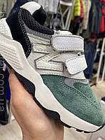Модні кросівки для хлопчика колір зелений