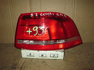 №591 Б/у ліхтар задній R для VW Passat B7 (Combi) 2010-2014