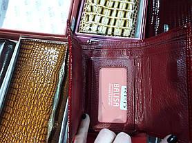 Гаманець жіночий шкіряний лаковий маленький червоний на магніті Balisa 711H2, фото 3