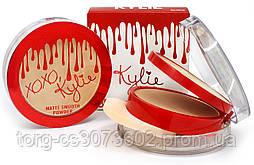 Компактная двойная пудра Kylie BB Matte Smooth Powder