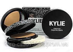 Компактная двойная пудра Kylie Powder Plus Foundation Studio Fix