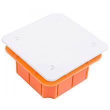 Коробка распределительная для сплошных стен с крышкой 96х96х62мм IP40 Elektro-Plast Pp/t 3