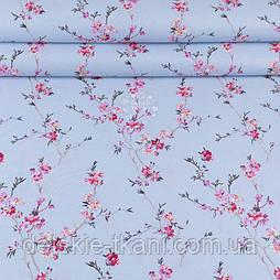"""Ранфорс шириною 240 см з принтом """"Гілки сакури"""" розового кольору на блакитному фоні (№3371)"""