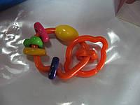 Детская игрушка погремушка прорезыватель на карабине НВД017