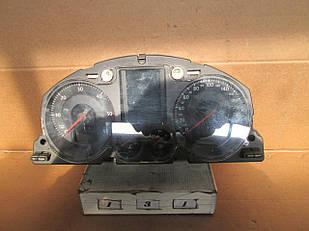 №131 Б/у Панель приладів/спідометр 3C0920870L для VW Passat B6 2005-2010