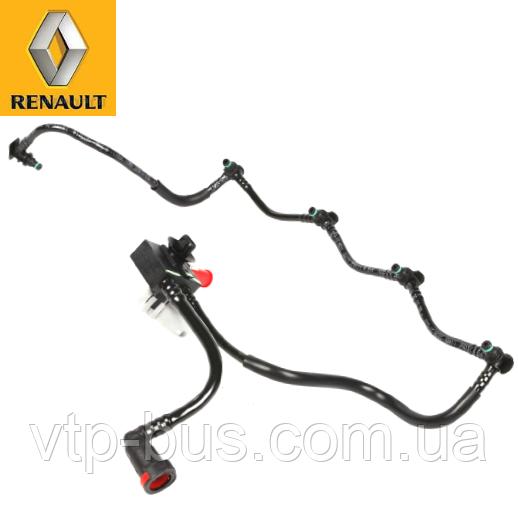 Шланг обратки на форсунки с клапаном на Renault Trafic 1.9dCi (2001-2006) Renault (оригинал) 8200361444