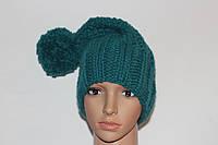 Вязаная женская шапка полушерстяная с бубоном