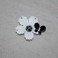 Магнитные подхваты весна, белый/черный