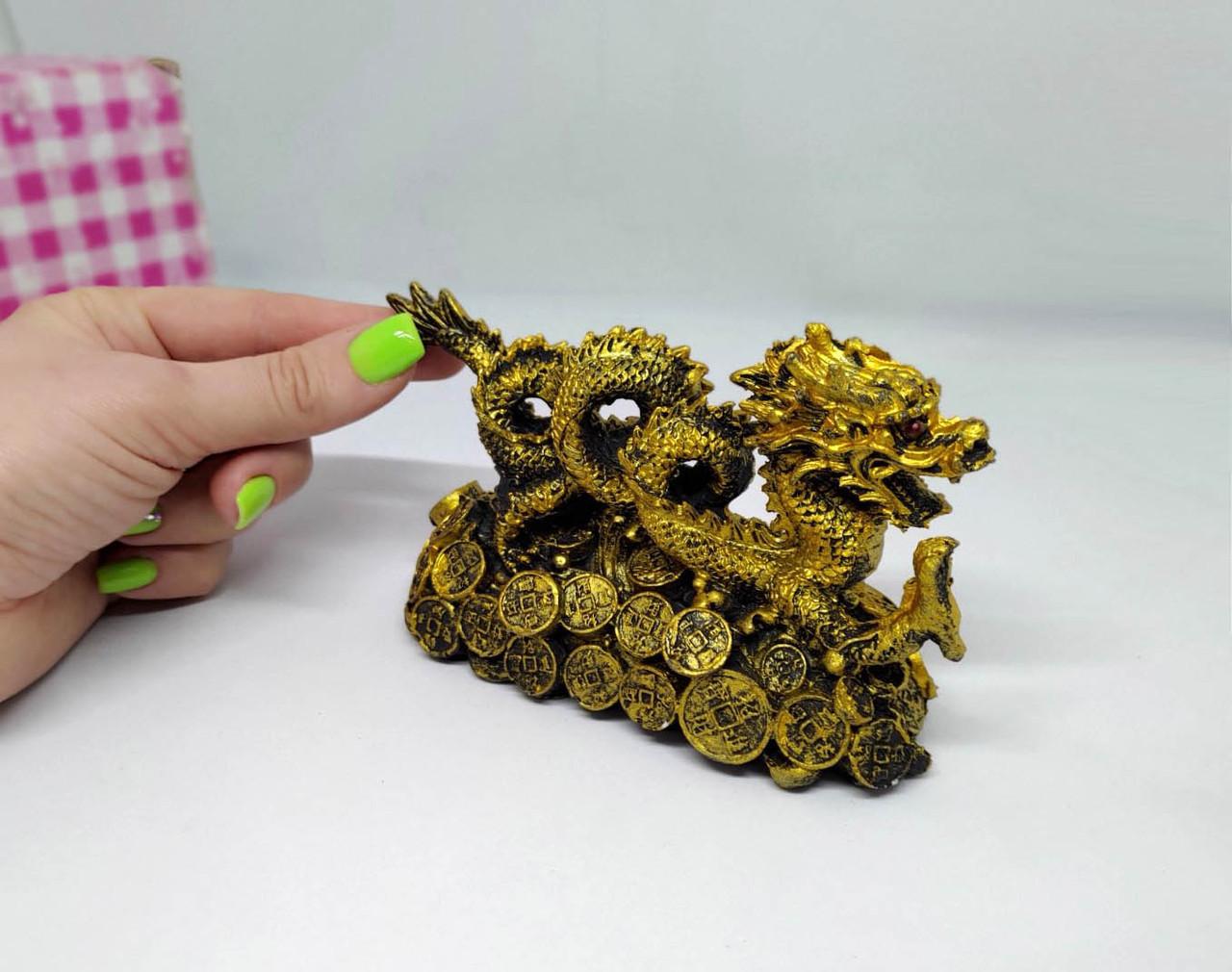 Дракон 14*8 см статуетка. Золотий Дракон на стіл. Золотий настільний дракон.