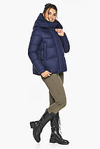Куртка синяя короткая женская модель 43560, фото 2