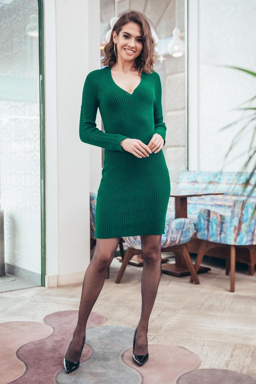 Зелена сукня з гарним декольте Грейс