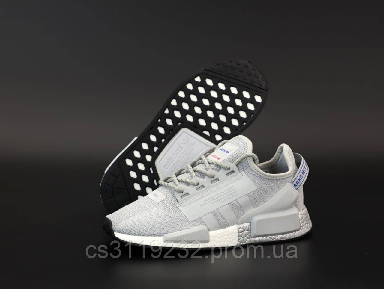 Мужские кроссовки Adidas NMD R1 V2 (серый)