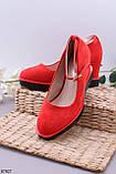 Туфли женские яркие красные с ремешком эко-замш на танкетке 7,5 см, фото 2