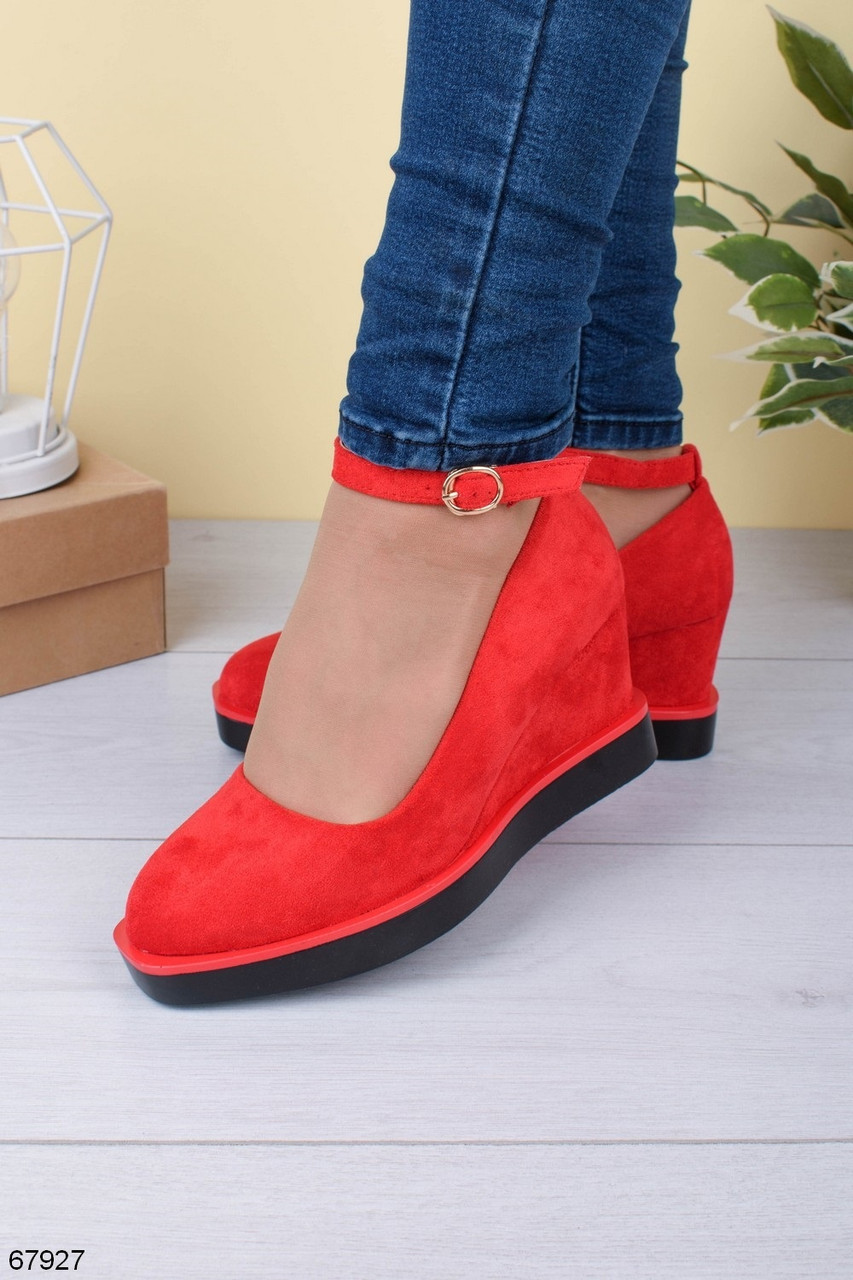Туфли женские яркие красные с ремешком эко-замш на танкетке 7,5 см