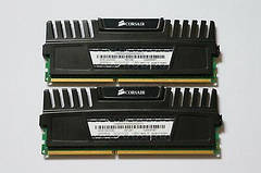 Геймерська пам'ять DDR3 4GB (2x2GB) 2000 MHz CORSAIR (CMZ4GX3M2A2000C10), бо