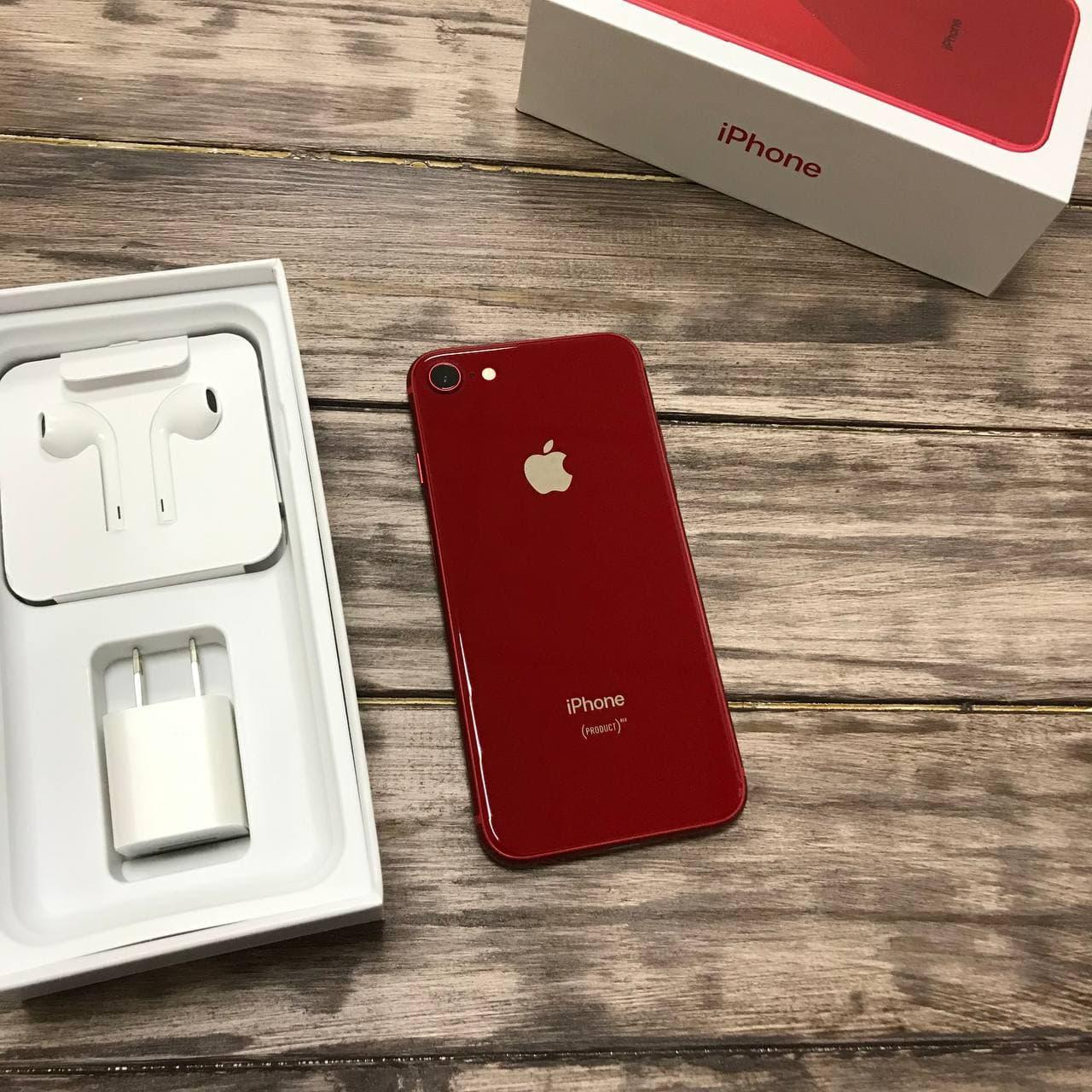 Телефон Apple iPhone 8 Red,Красный