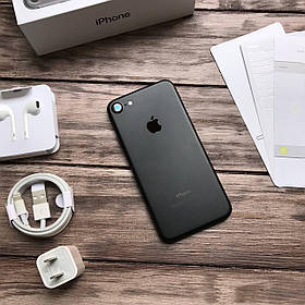 Телефон Apple iPhone 7 Black,Чорний