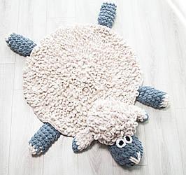 В'язаний дитячий килимок плюшевий ручної роботи Баранчик