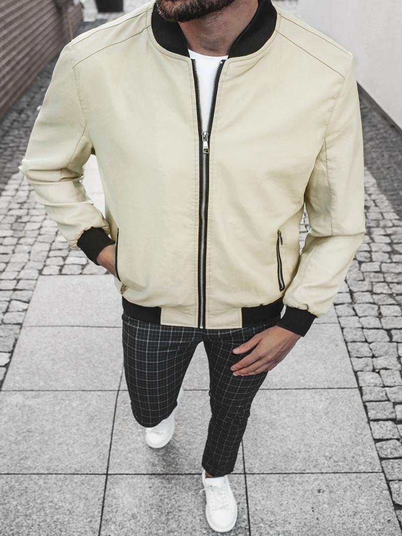 Чоловіча куртка з екошкіри бежевого кольору