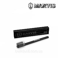 Зубная щетка Marvis (средней жесткости), черная, фото 1
