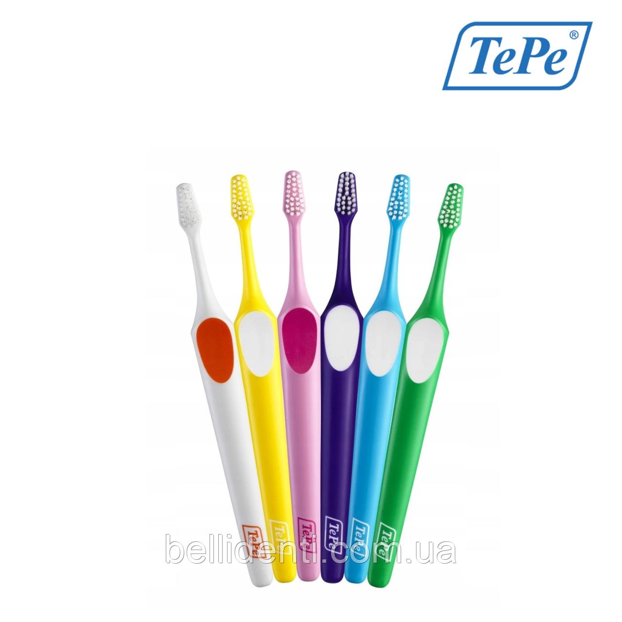Зубная щетка TePe Supreme Soft 1 шт