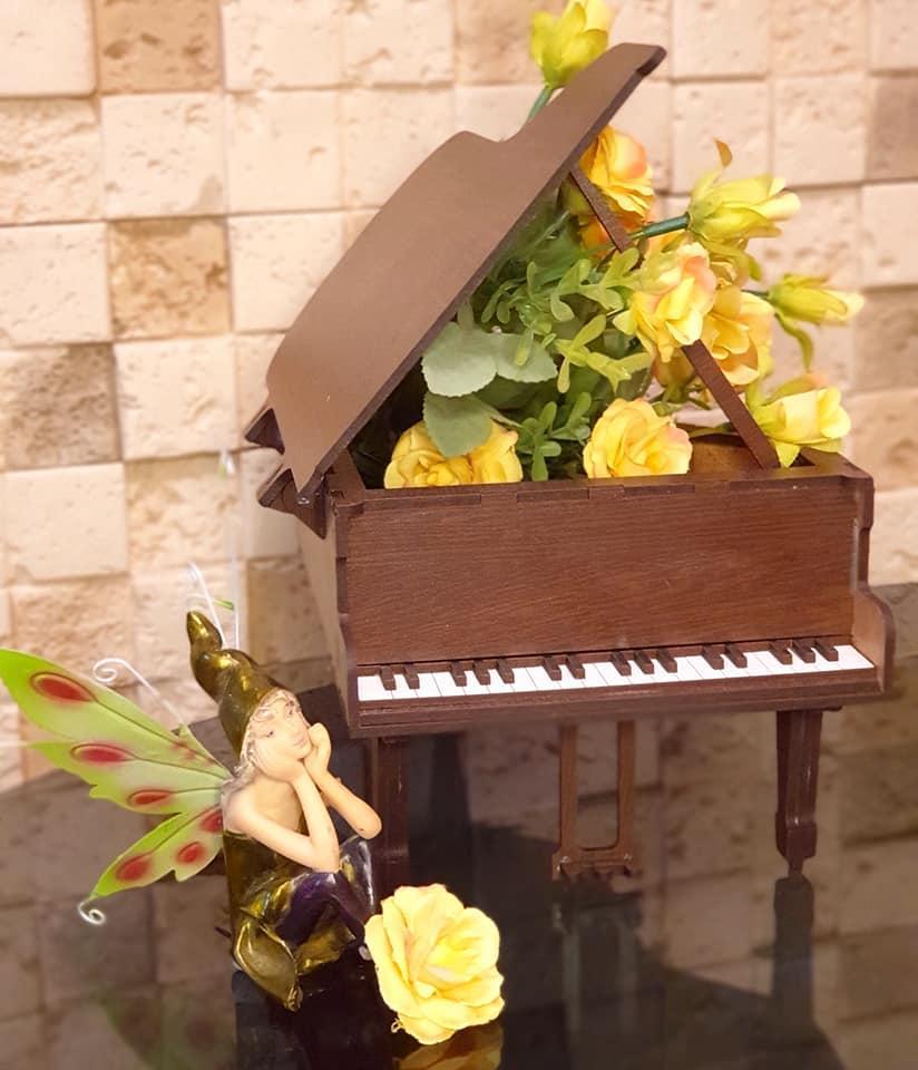 Шкатулка - рояль білий