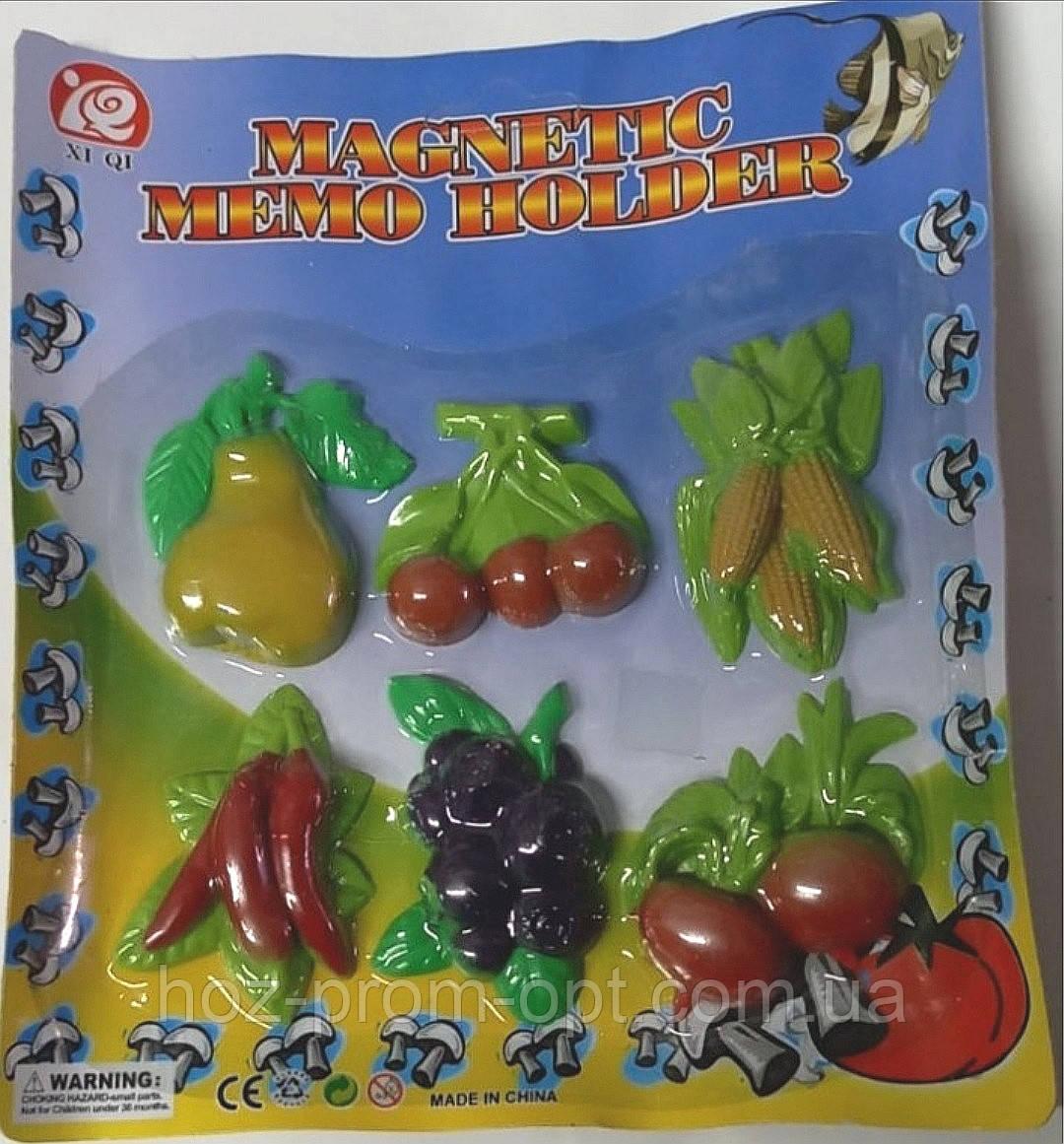 Набор магнитов на холодильник,- на листе, цена за набор.