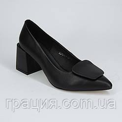 Элегантные женские туфли кожаные натуральные на не большем каблуке