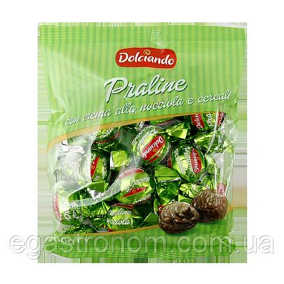 Цукерки Дольчіандо Праліне з шоколадно-горіховим кремом та кріспами Dolciando Praline (ЗЕЛЕНІ) 200g (Код :