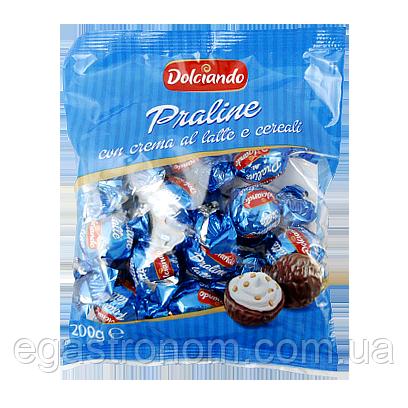 Цукерки Дольчіандо Праліне з вершками та кріспами Dolciando Praline (СИНІ) 200g (Код : 00-00005695)