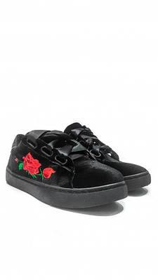 Женские черные бархатные кроссовки