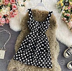 Женское платье в горох