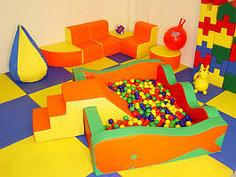 Дитяча ігрова кімната до 25 кв.м