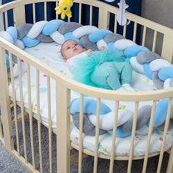 Бортик в кроватку Хатка Косичка Белый-Голубой-Серый 120 см (одна сторона кроватки)