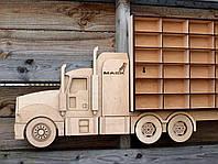 """Полка деревянная для машинок в детскую комнату - грузовик-автовоз на 42 авто """"Hot Wheels """" (Хот Вилс)"""