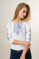 Повсякденна жіноча вишиванка із рукавом 3/4 білого кольору із синьою вишивкою «Гуцулка», фото 1