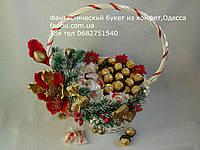 """Новогодняя большая белая корзина вкусных конфет """"Для белоснежки"""""""