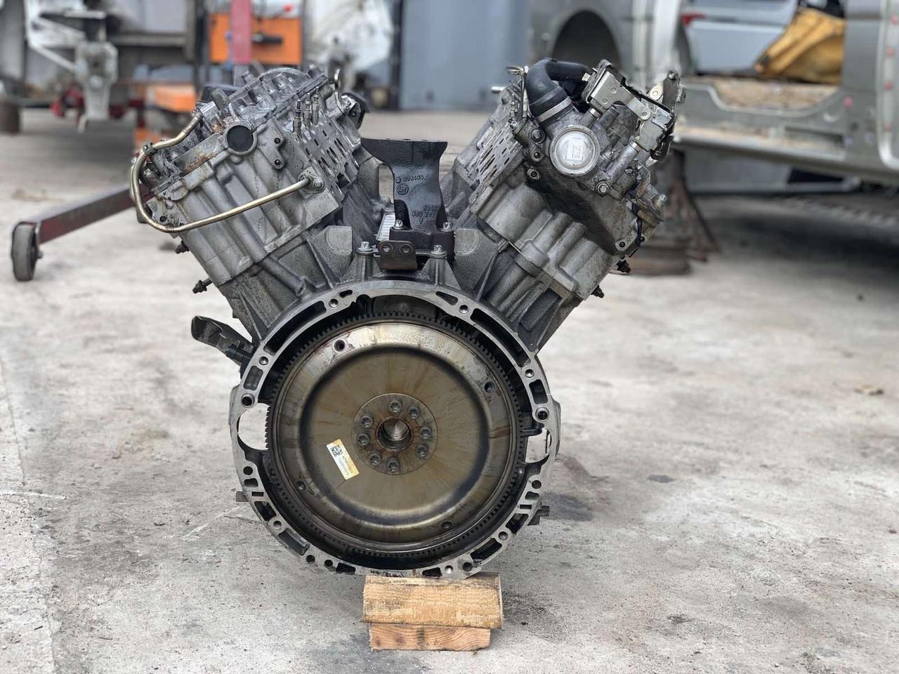 Двигун мотор ОМ 642.822 3,0 CDI дизель bluetec Mercedes ML GL 164