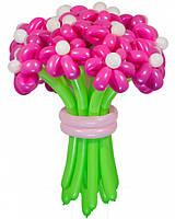 Яркий букет из воздушных шаров для праздника