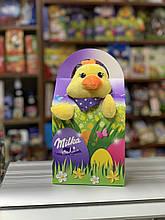 Подарунковий набір солодощів Milka з іграшкою Курчатко