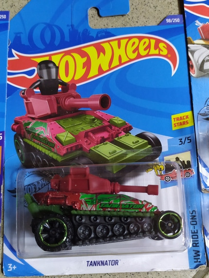 TANKNATOR танк машина металл Hot Wheels оригинал Хот Вилс Mattel. pro