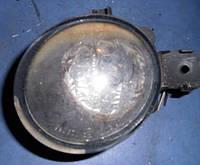 Фара противотуманная праваяRenaultKangoo2009-8200002470  (всередине ржавая)